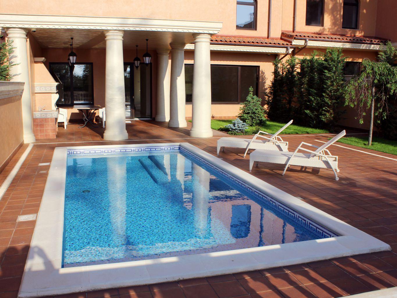 дом с бассейном на Фонтане с видом на море в Одессе