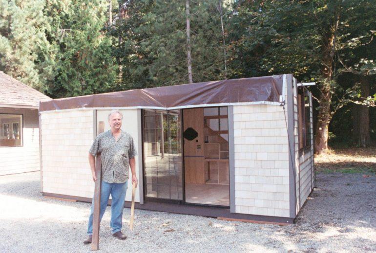 Крис Хэйнинг и его дом площадью 18 м2