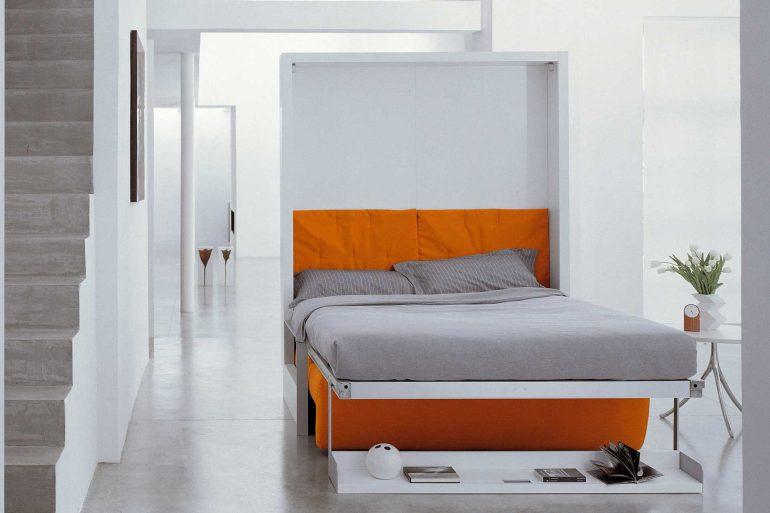 Шкаф-кровать в смарт-квартире